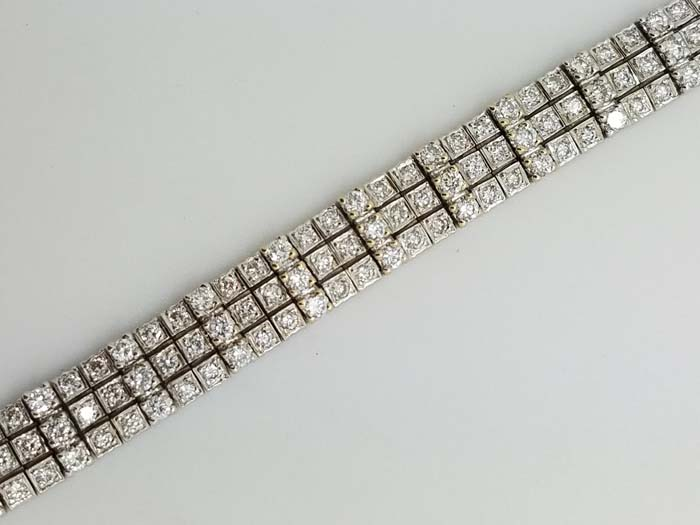 18K White Gold Three Row 4-prong Round Diamond Tennis Bracelet 5.80ct