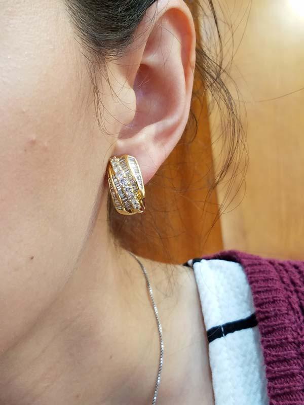 18K        Yellow Gold        12        g        Baguette                Diamond                Huggie        Earrings        2.50        ct