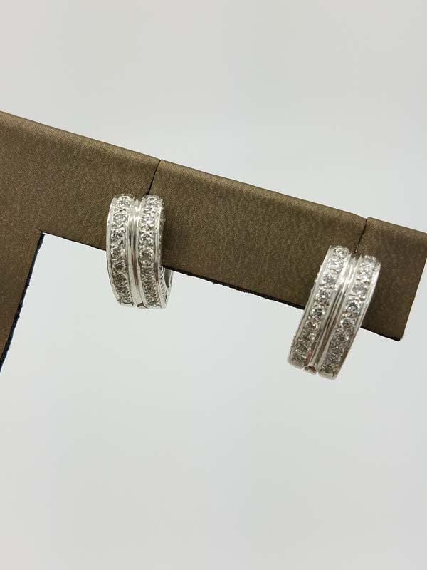 14K	White Gold	10.8	g		Heart-Design		Round	Diamond		Huggie	Earrings	3.00	ct