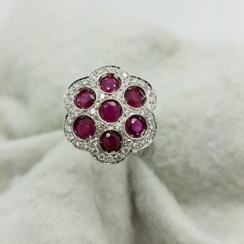 18K	White Gold	FLOWER	ROUND	Cut		BEZEL SET PAVE	RUBY	DIAMOND	CLUSTER	ring