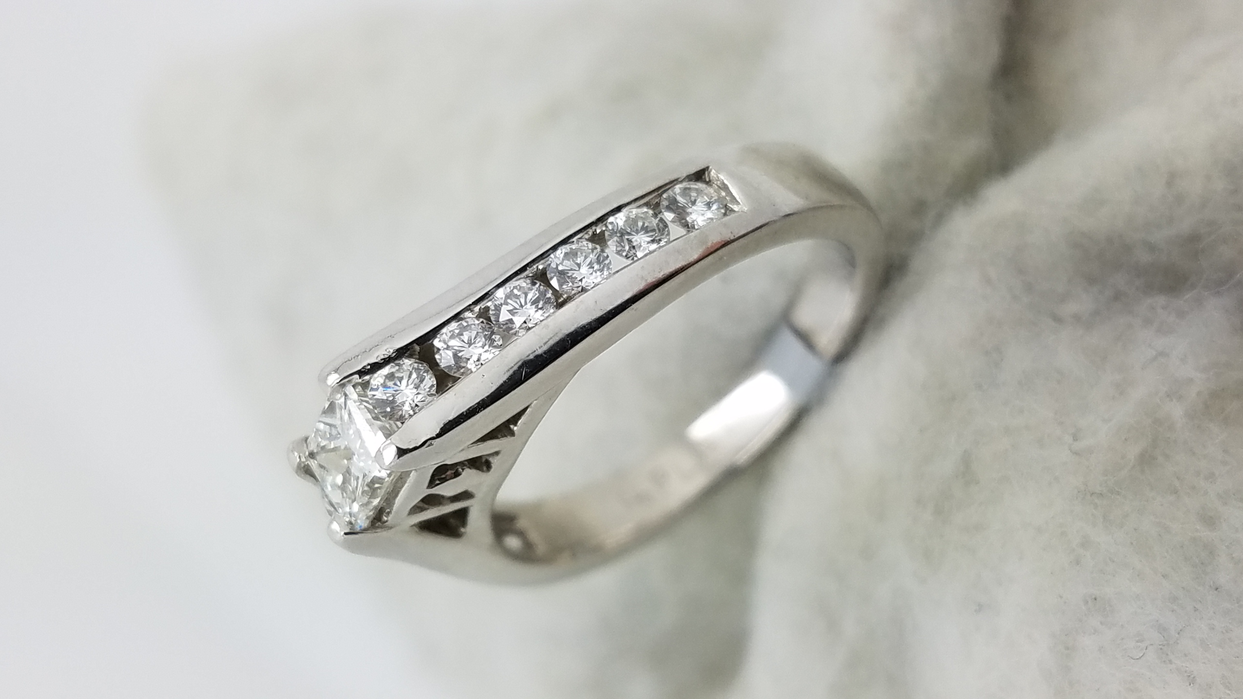 solitaire engagement classic cut oval db platinum ring de beers