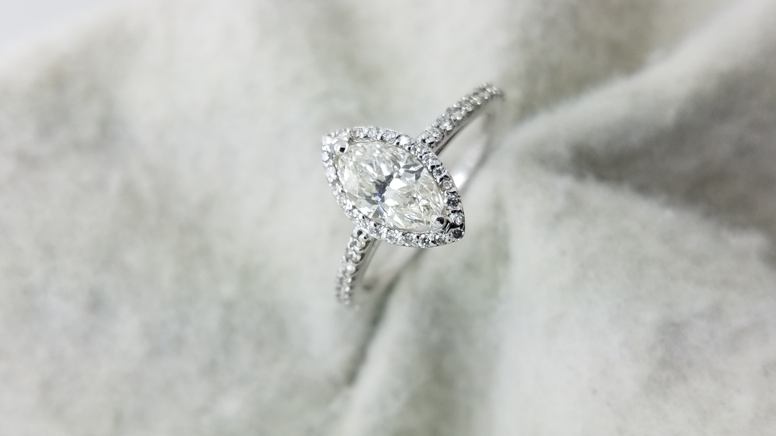 14KWhite GoldHalo and half eternity band.95, 0.55ct.M+RCutDiamondJVVS22-prongSolitaire with AccentsEngagement-Ring