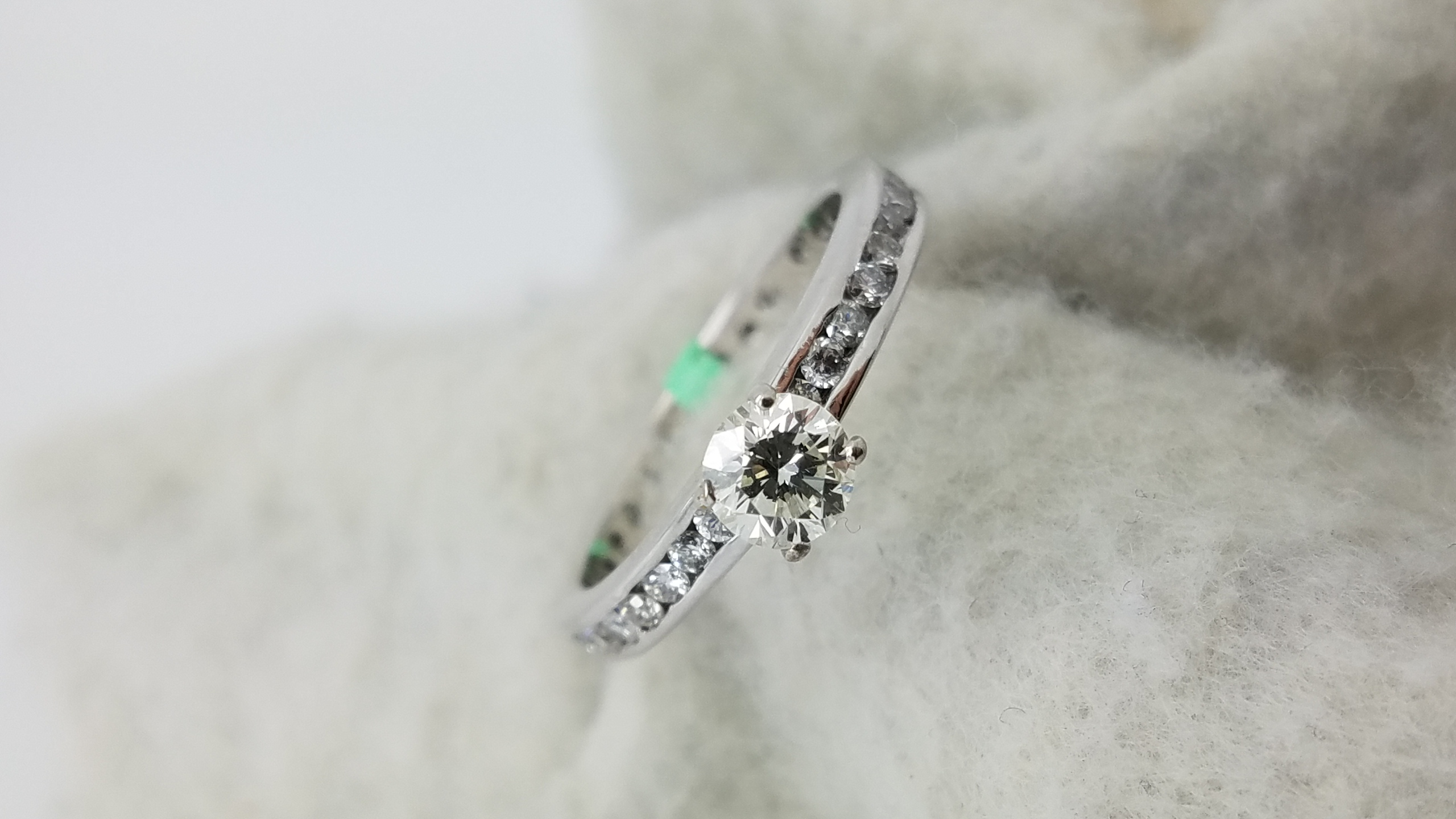 14K	White Gold	channel eternity band	0.47+0.80	ct.	Round	Cut	Diamond	J	VS2	4-prong	Solitaire with Accents	Engagement-Ring