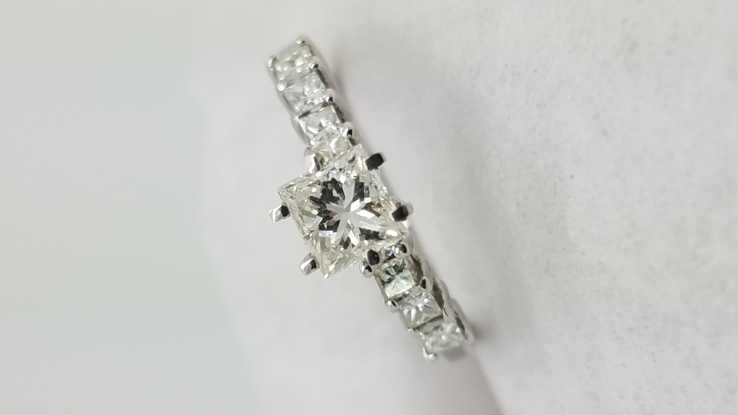 14K	White Gold		0.53+0.49	ct.	Princess	Cut	Diamond	4-prong	Solitaire with Accents		Engagement-Ring
