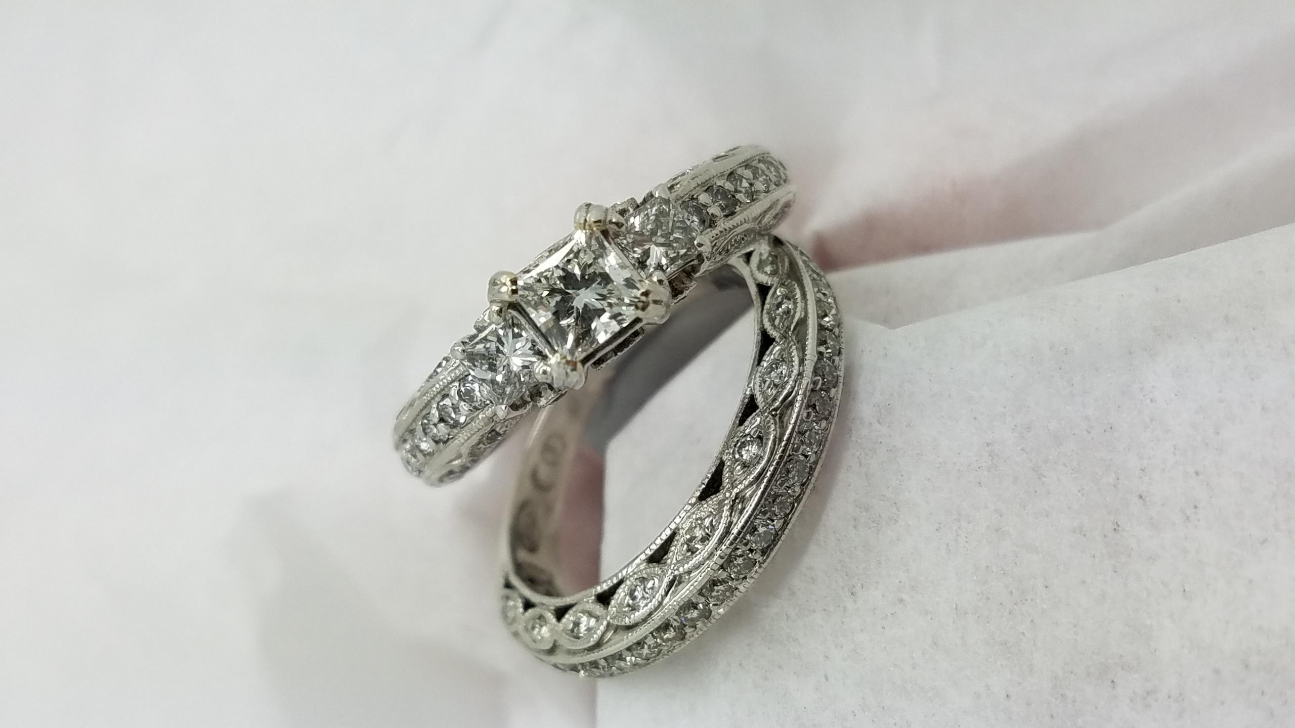 14KWhite Goldw/ Matching wedding band1.50ct.PrincessCutDIAMONDPavé setSolitaire with AccentsEngagement-Ring