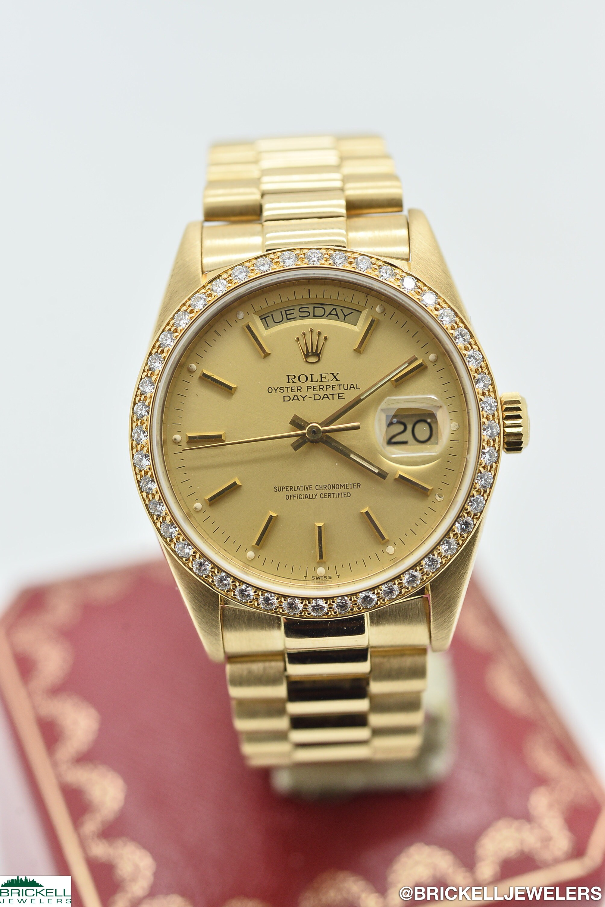 ROLEX	DAY-DATE PRESIDENTIAL	18048	GOLD		DIAMOND	18K	YELLOW	Solid Gold			Mechanical (Automatic)	WATCH